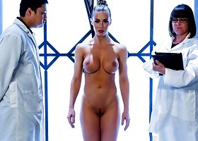 Brazzers – Girth In Her Shell: A XXX Parody