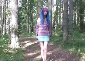 Cute princess with strong legs is pissing in the forest