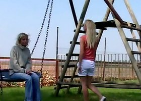 Salacious amateur gets cum in a mouth after an outdoors ffm threesome