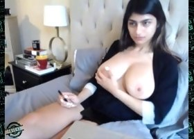 [watching] 0.0 mia khalifa
